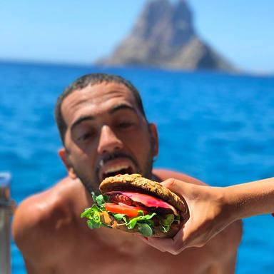burger with es vedra by ronas deli guy e