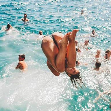 Schwimmstopp im Ibiza Boat Club