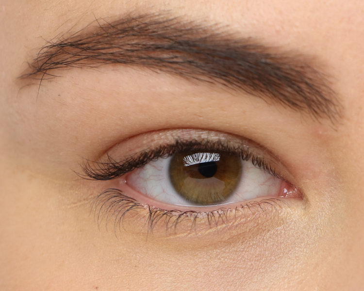 russian lashes before.png