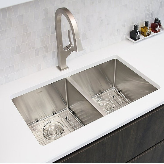 30 in Double Bowl Kitchen Sink, 16 Gauge Stainless Steel with Grids and Basket S