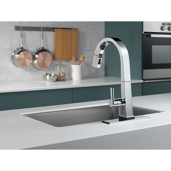 PIVOTAL By Delta Pull Down Touch Single Handle Kitchen Faucet