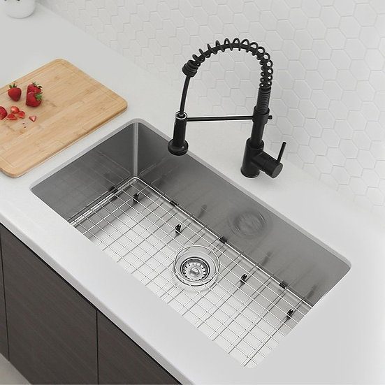 31 in Undermount Single Bowl Kitchen Sink, 18 Gauge Stainless Steel with Grids a