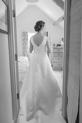 01.06.19-H&H-Wedding-Bride-fbp-210.jpg
