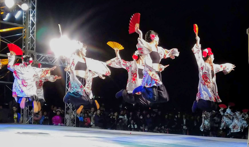 Dancers in Flight