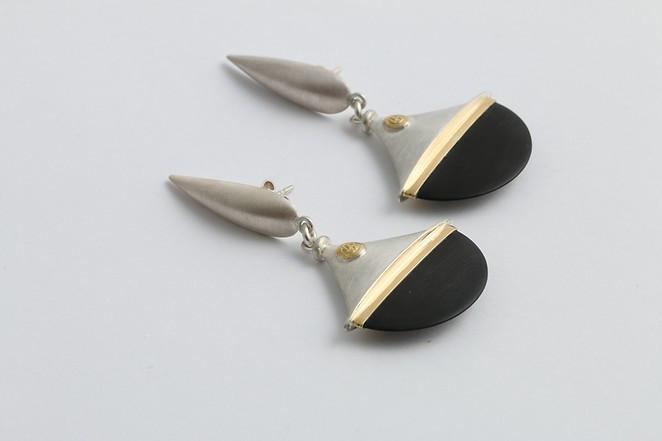 Earrings 3.jpg
