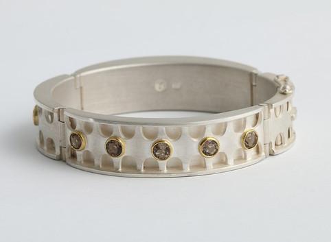 Bracelet 9.jpg