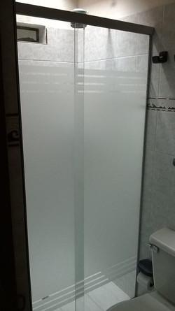 División de baño en aluminio