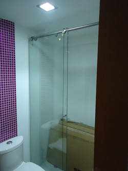 División de baño corrediza Glassvit