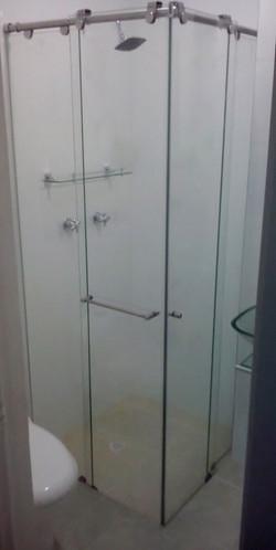 División de baño en L