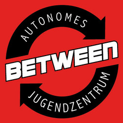 Logo_between