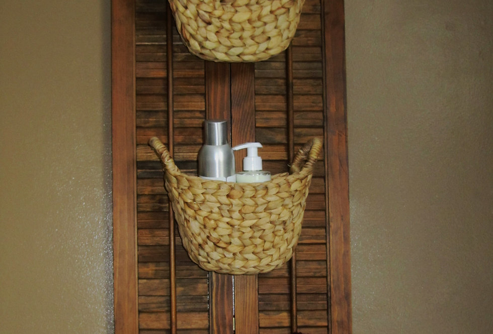 SHUTTER BASKET AND KNOBS