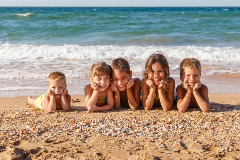five_kids_on_beach