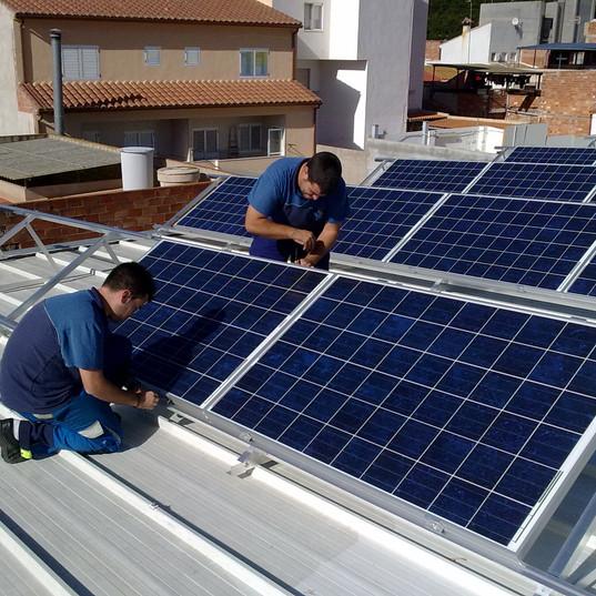 instala módulos solares