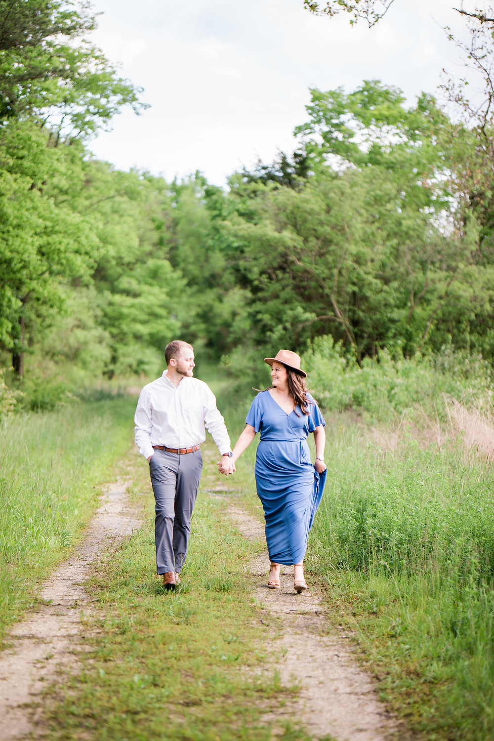 Busch Wildlife Romantic Summer Engagement Session