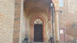 Porta principale al Monastero