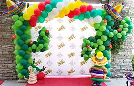 Fiesta Cactus Balloon Decor