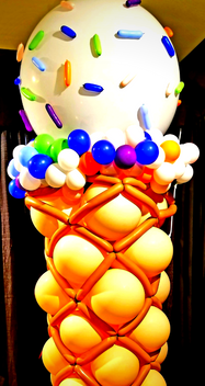 Ice Cream Balloon Decor