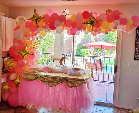 Organic Balloon Arch Garland