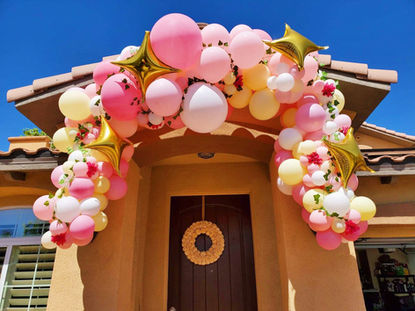 Organic Balloon Garland Decor