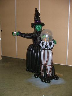 Wizard of Oz Balloon Sculpture