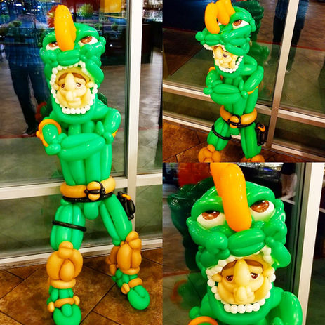 Fortnite Balloon Sculpture