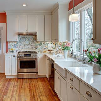 Экономим на ремонте кухни. Кухонный фартук из подручных материалов.