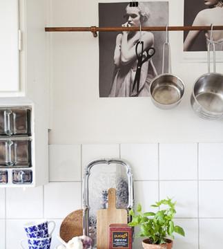 29 примеров живописи на кухне