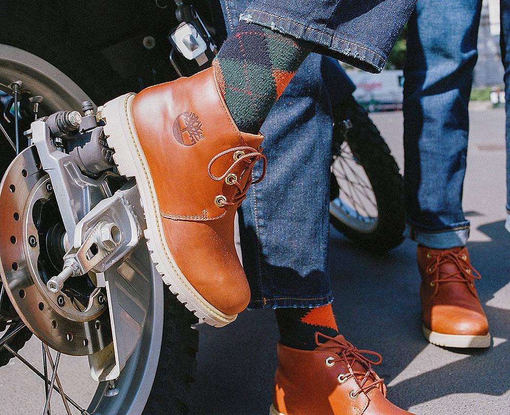 Achetez des Boots Timberland Newman 1973 et arpentez la route avec votre moto avec style.