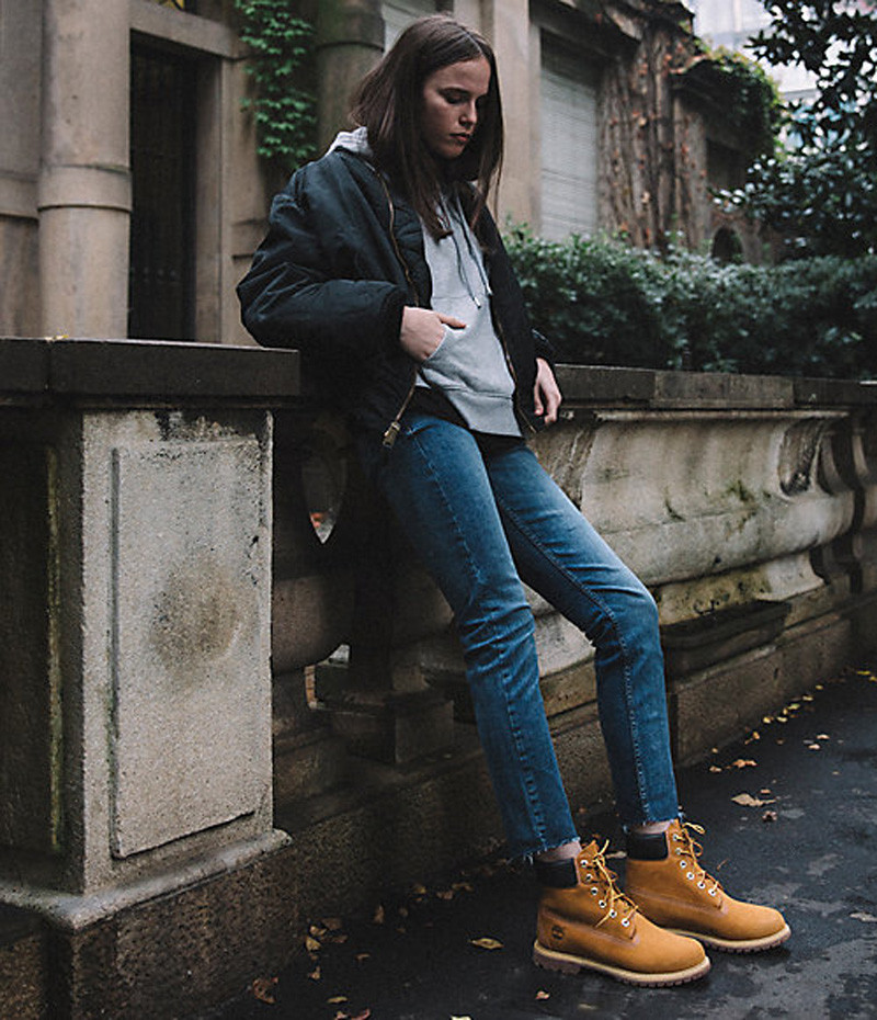 Craquez pour un style streetwear et portez les Timberland 10361 en cuir nubuck blé