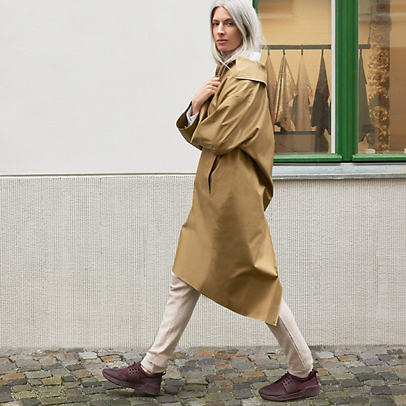 Sarah Harris portant les Sneakers Femme Timberland Kiri Up