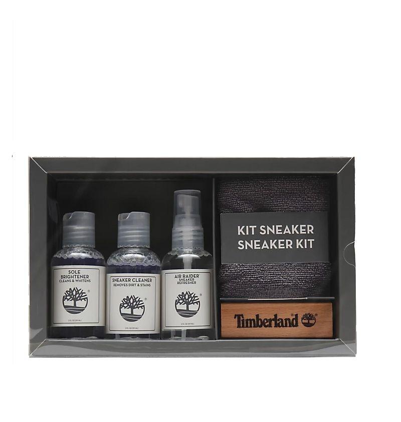Achetez ce kit de nettoyage pour sneakers Timberland et redonnez un coup de jeune à vos sneakers