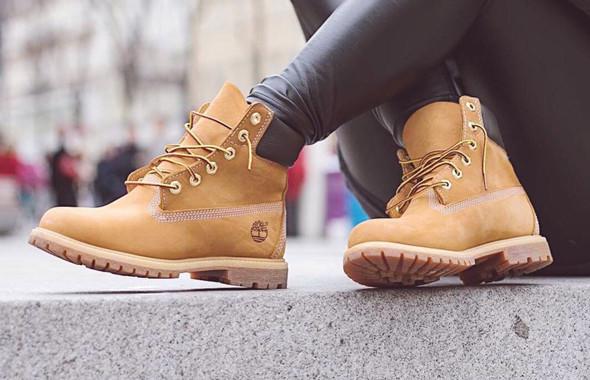 Boots Femme Timberland en cuir nubuck blé