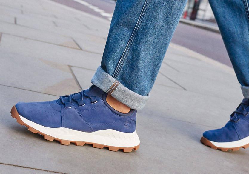 Découvrez les nouvelles sneakers Timberland Brooklyn Oxford en cuir suédé bleu foncé