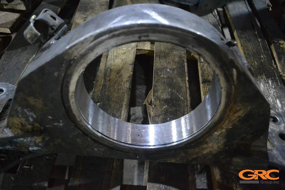 на координатно-расточном станке растачиваем внутренний диаметр опоры двигателя