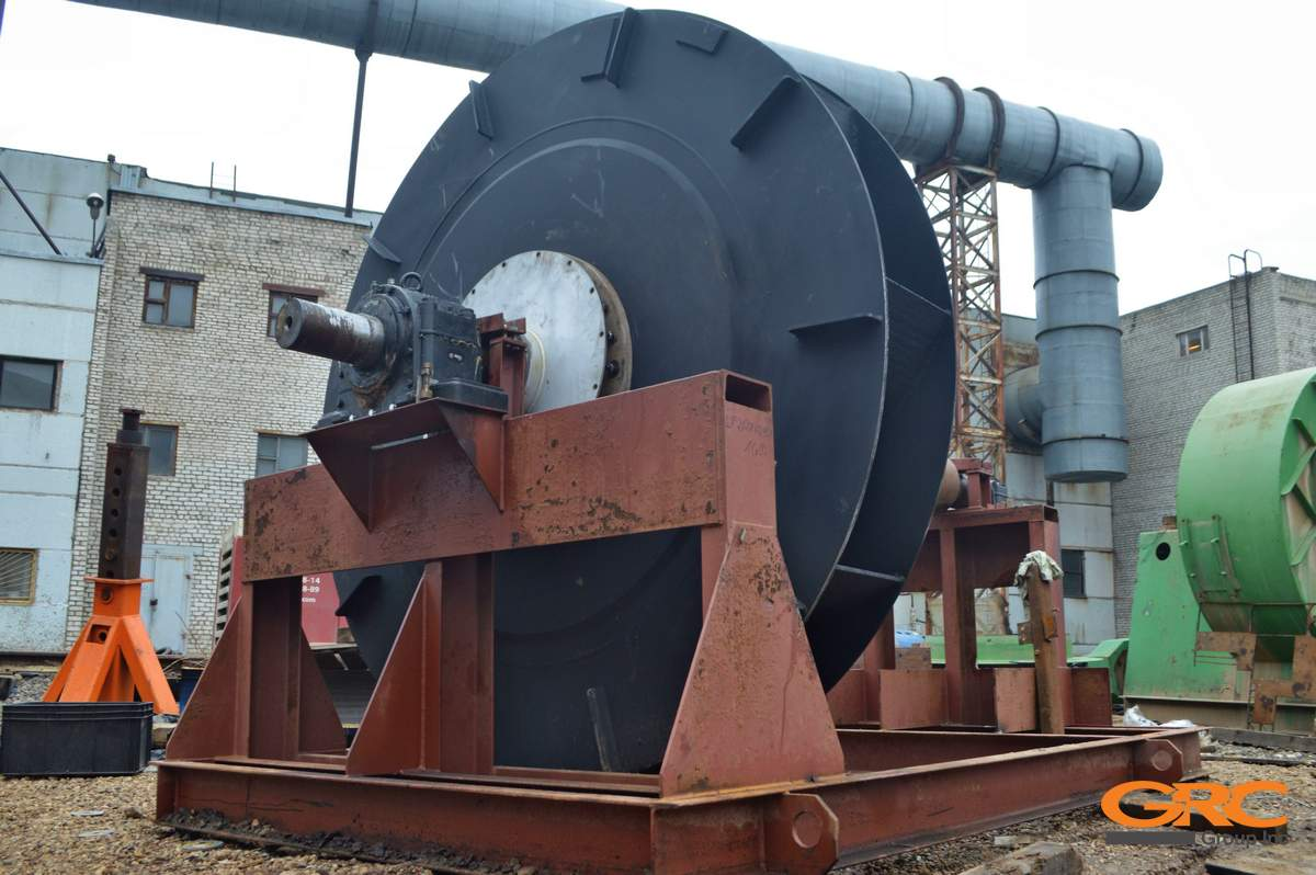 Крыльчатка центробежного вентилятора Ø 2500 мм после ремонта