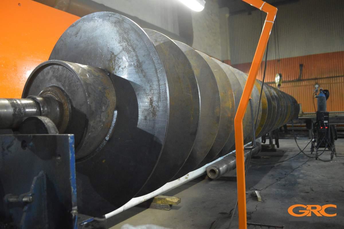 Войсковой ремонт гусеничного транспортера конвейеры щебня