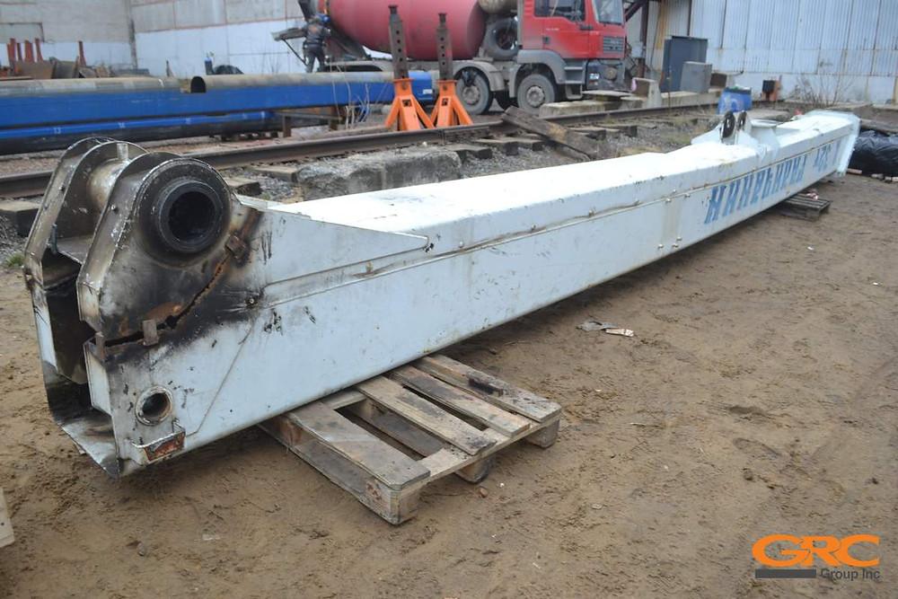 отографии корневой секции телескопической стрелы Галичанин грузоподъемностью 32 тонны, до ремонта