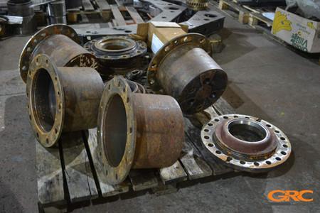 в ремонт поступили следующие детали колесного экскаватора Hitachi ZX180W
