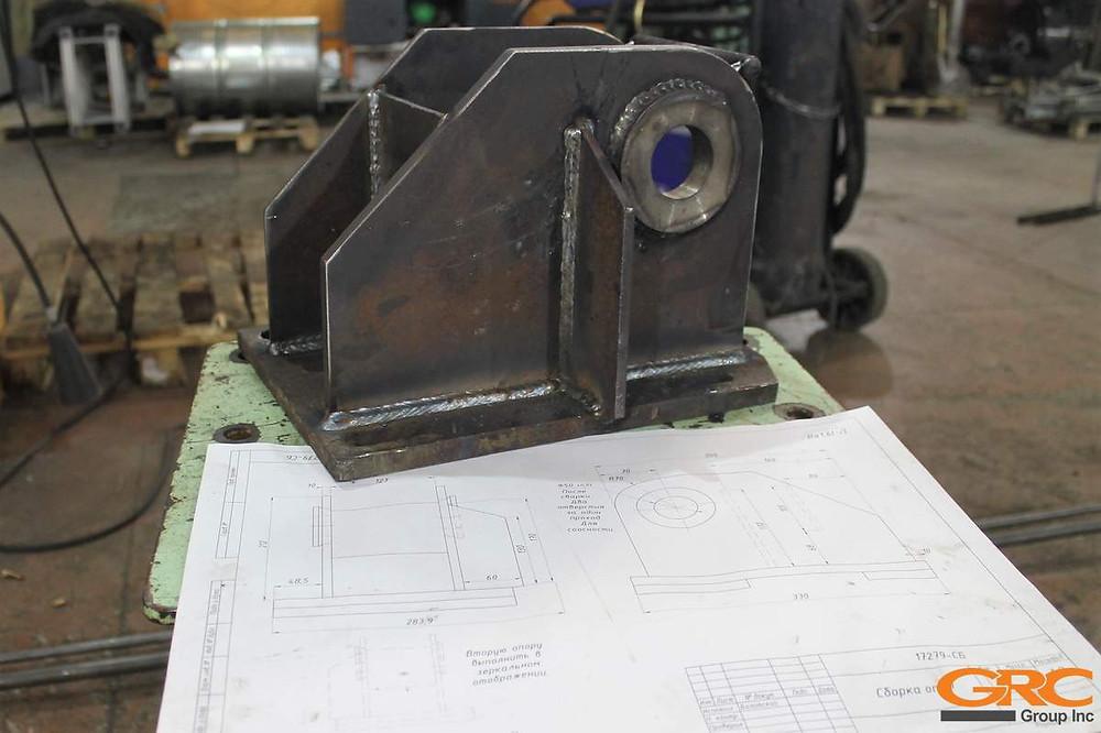 Приварка изготовленных деталей опоры АБС