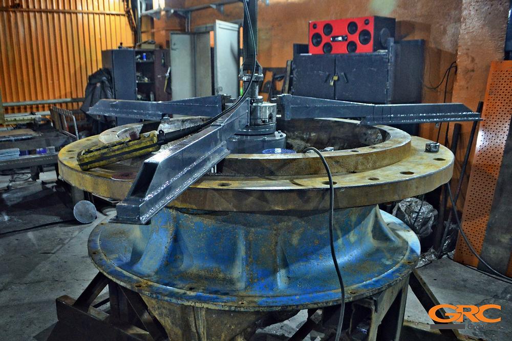 Ремонт конусной дробилки среднего дробления Sandvik H4800 / CH440