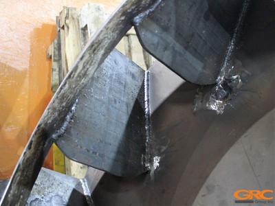 Процесс ремонта замены лопастей