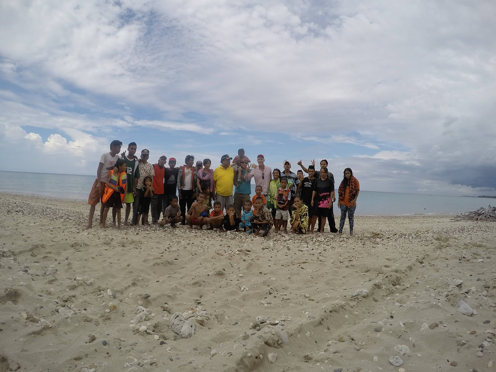 The cheif of Sumba and his family
