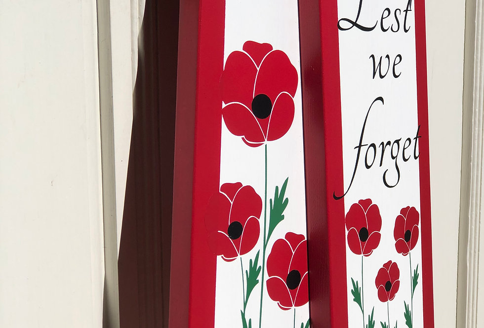 Lest We Forget - Remembrance Day Door Tags