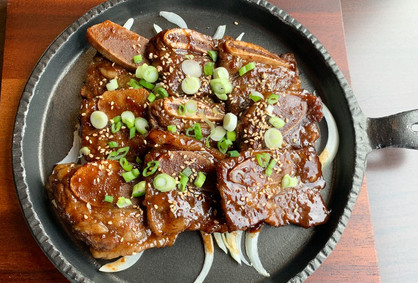 Marinated grilled beef short rib