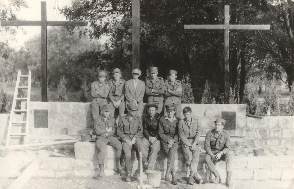 Dziarmaga-Działyński, Sienicki i żołnierze