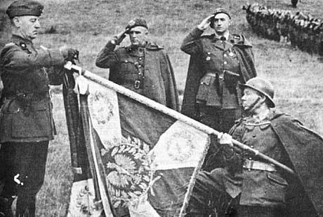 Gen. Sikorski wśród Podhalańczyków