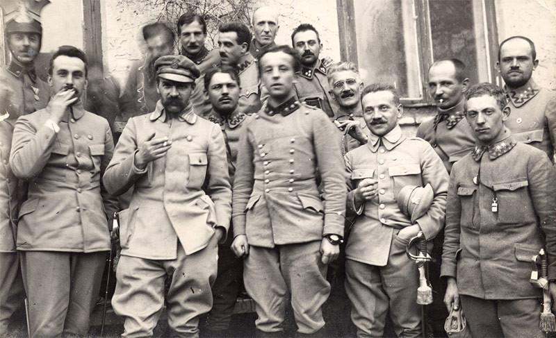 Legiony. Piłsudski.