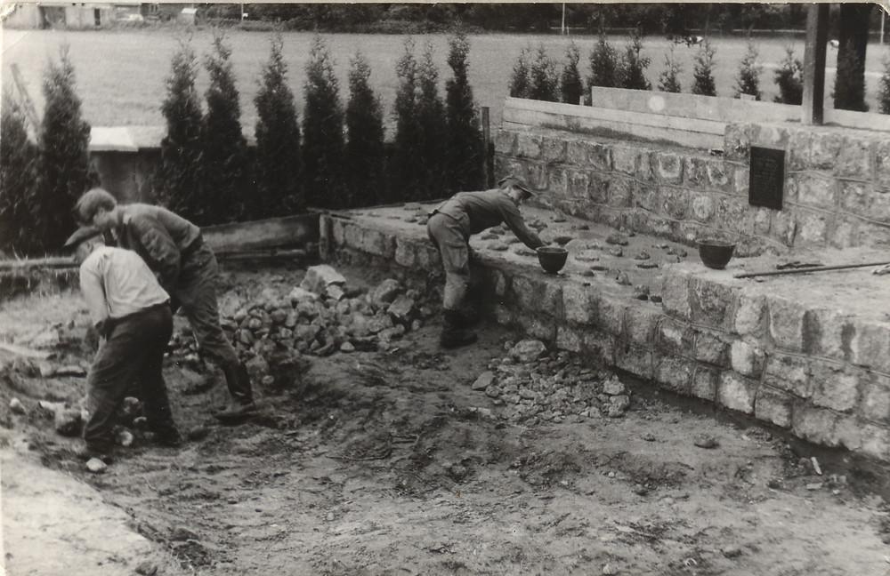 Budowa mauzoleum