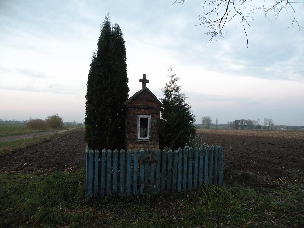 Kapliczka przed renowacją