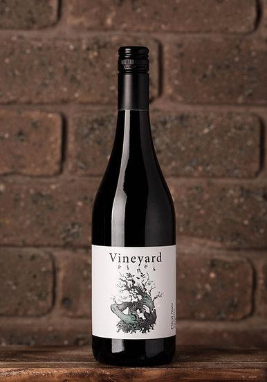 2018 Vineyard Vines Pinot Noir